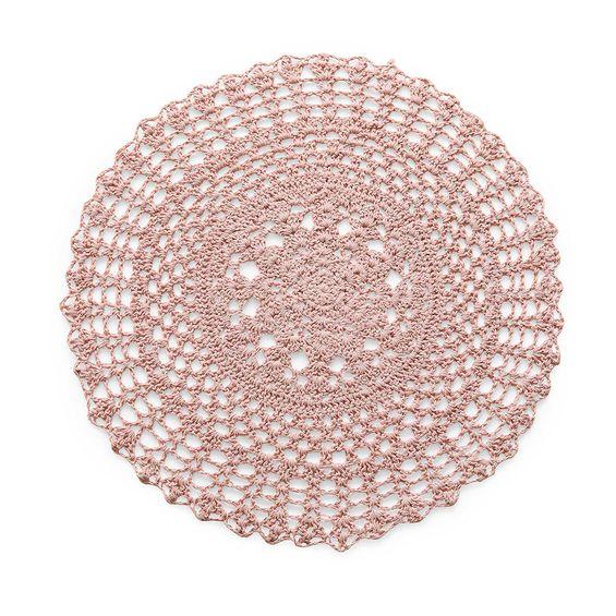 Americano-circular-crochet-rose