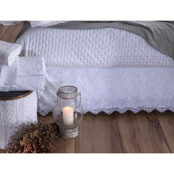 Detalhe-Saia-Noiva-cama