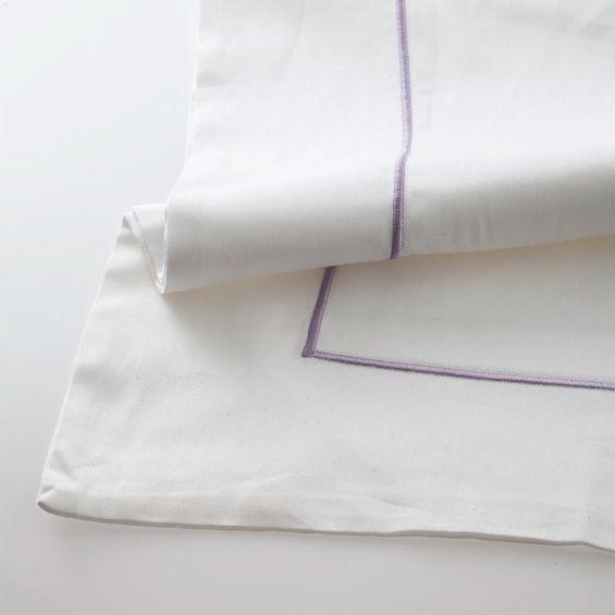 Fronha-festone-Uno-Branco-lilas