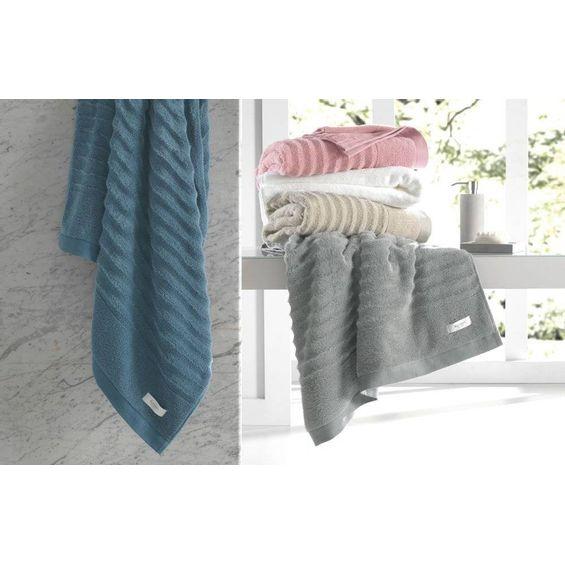 Detalhe-toalha-de-banho-Oliver-Karsten