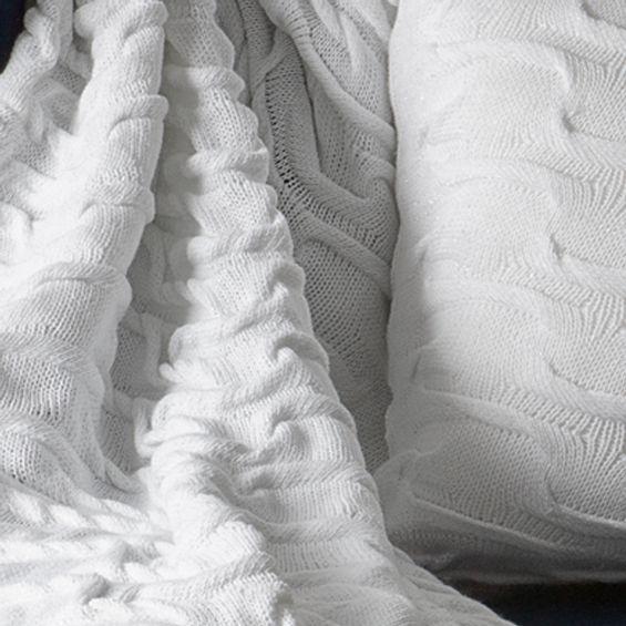 Detalhe-manta-tricot-Branca-Camadas