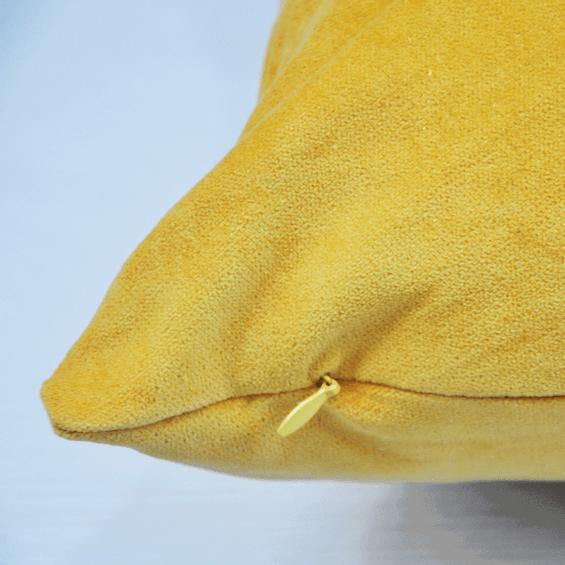 Acabamento-Ziper-Almofada-Amarela
