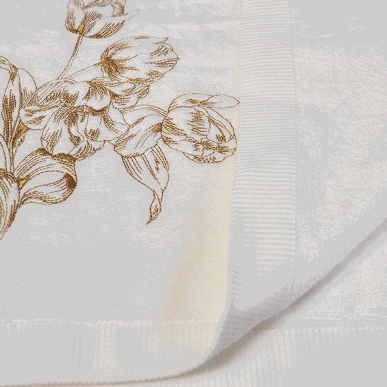 Detalhe-Toalha-de-Banho-Bordada-Tulipe