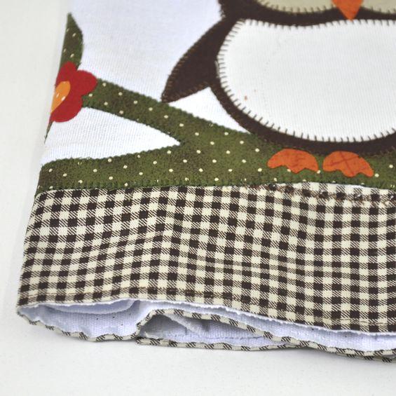 Detalhe-barrado-pano-de-copa-corujinha