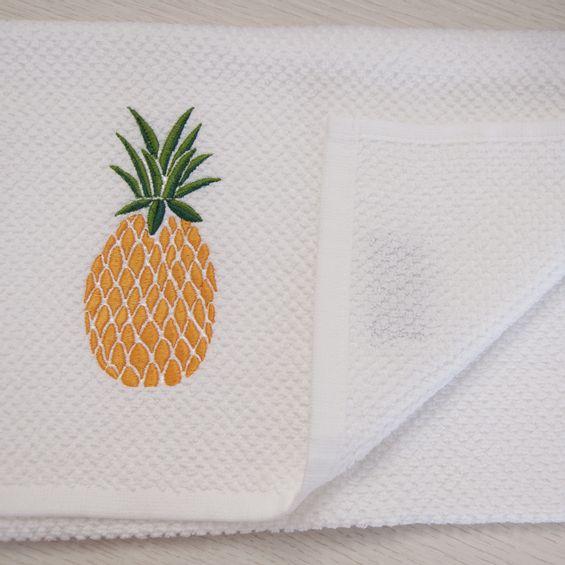 Pano-de-copa-bordado-abacaxi-detalhe