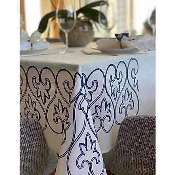 toalha de mesa augure detalhe bordado