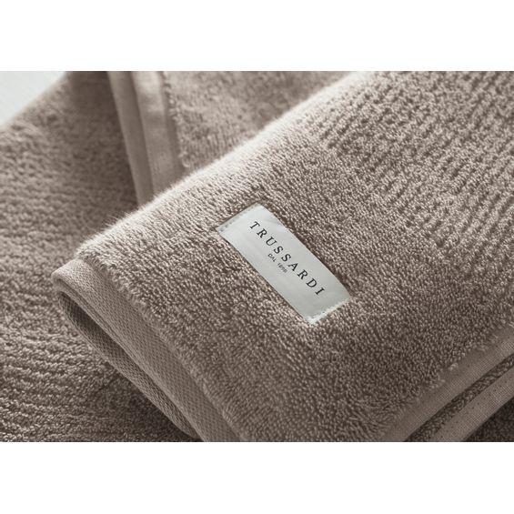Detalhe-toalha-de-banho-casteli
