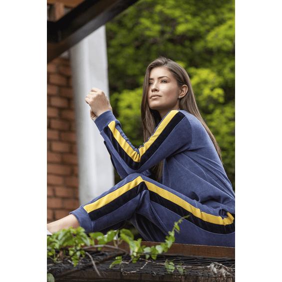 146990-conceito-pijama-de-inverno