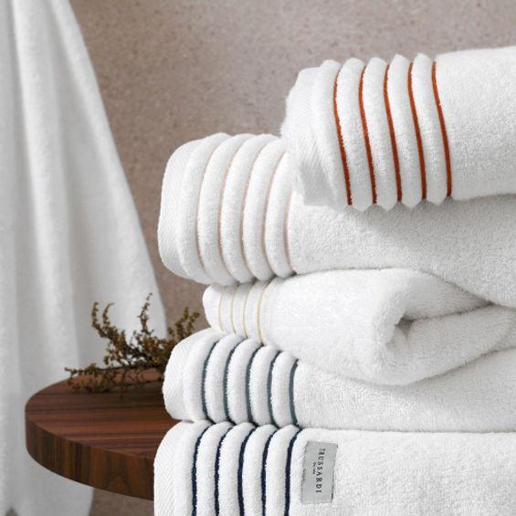 Detalhe-toalha-de-banho-palladio-trussardi