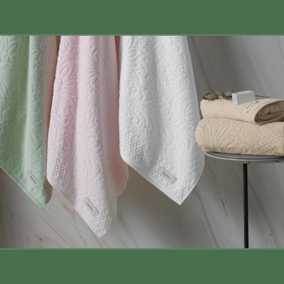 Detalhe-toalha-de-banho-monique--karsten